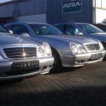 Mercedes-Phalanx auf dem VE-Autohof